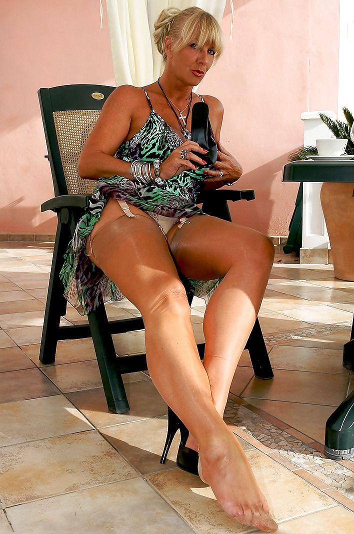Adult black erotic toons