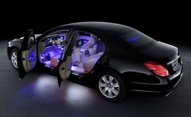 Intérieur de la voiture blindée Mercedes S600 Guard