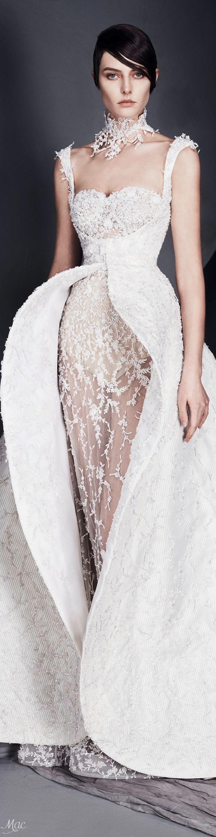 Spring 2017 Haute Couture Ashi Studio - Definitely wear this as a wedding dress & put a little bit of red throughout the dress...