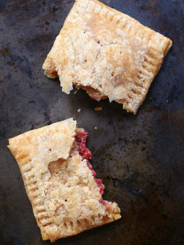 Homemade Whole Grain Pop Tarts + Easy Strawberry Jam | Hellobee. I did blueberry, make a double batch they fast!