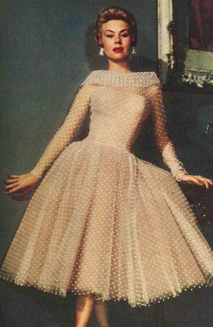 Mitzi Gaynor in Edith Head gown