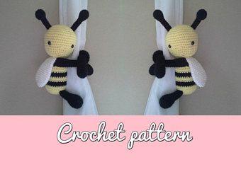 Abeja/Bee curtain tieback crochet PATTERN English and Spanish - Español Patron Abeja Abraza Cortinas