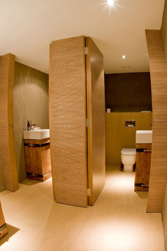 carne italian restaurant bathroom design