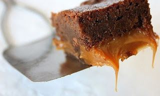 Taste The Cook: Recipe Of The Day: BROWNIES ΜΕ ΚΑΡΑΜΕΛΑ