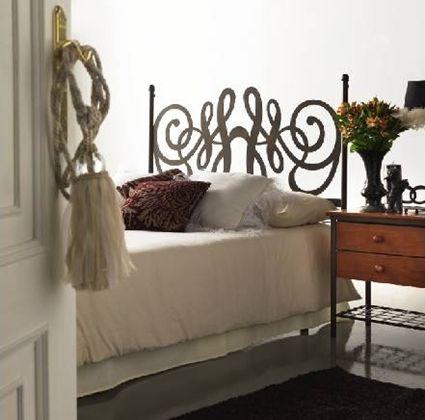Cabezal de forja para el dormitorio