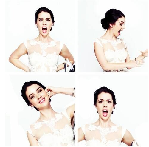 Adelaide Kane, Reign ♥ Could she be any prettier?