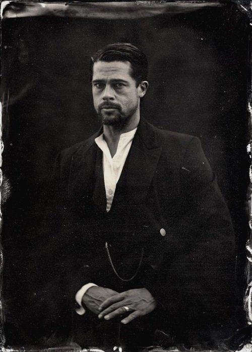 The Assassination of Jesse James by the Coward Robert Ford (2007) R | 2h 40min | Biography, Crime, Drama | Brad Pitt