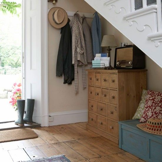 Declutter your way to the perfect utility room