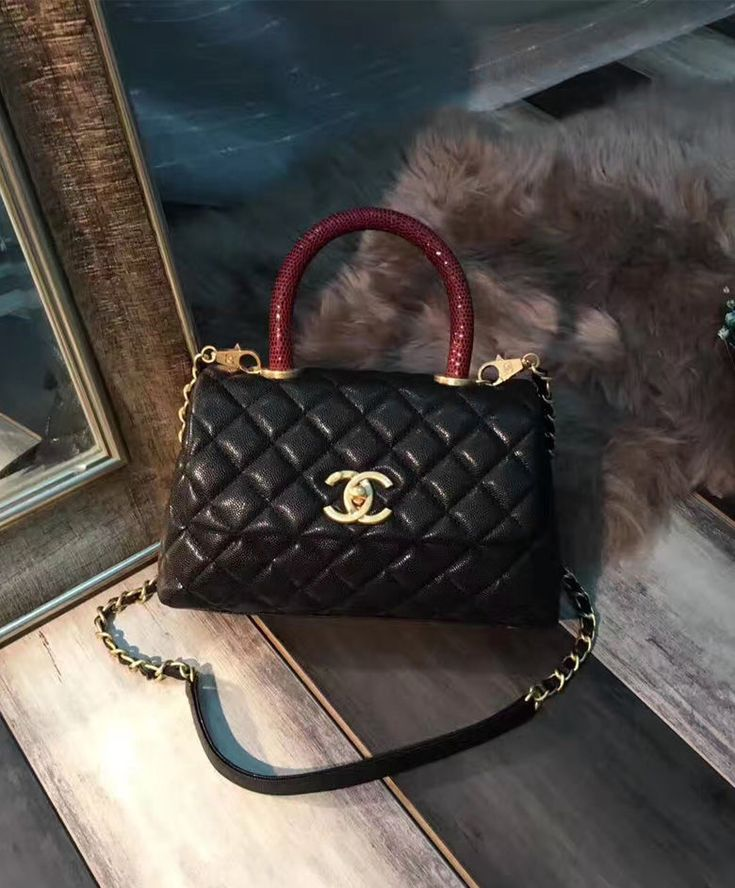Chanel Coco Grained Calfskin Flap Bag with Lizard Handle A92990 At Cheap Price.