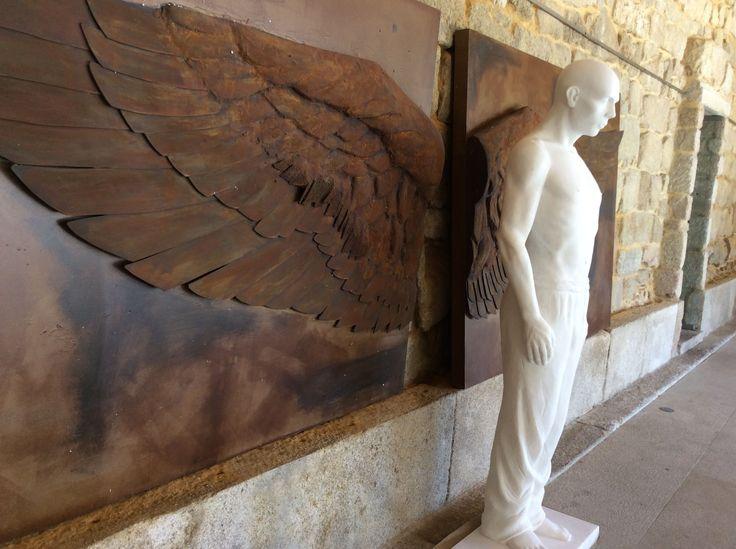 Escultura de Rogério Timóteo | Homem Alado