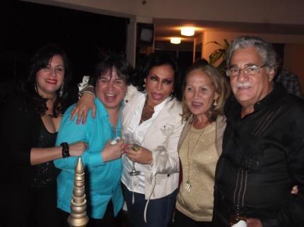 Juan Edgardo Albornoz ofrecio un coctel para agasajar a Evenia Rengifo hasta con mariachis y brindar por la amistad   sinposetovar
