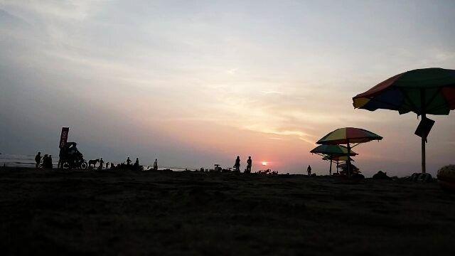 #iniBANTUL | Sedikit Senja Sore Ini  #wonderfuljogja #explorejogja #igersuinyk #ayodolan #gumukpasir #jogja #jogjakarta #dolanbantul #explorebantul #jelajahbantul video by mas_bain