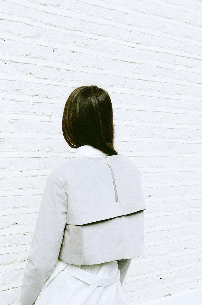Innovative Tailoring - structured jacket with boxy shape & minimalist design // Emma Bradstreet