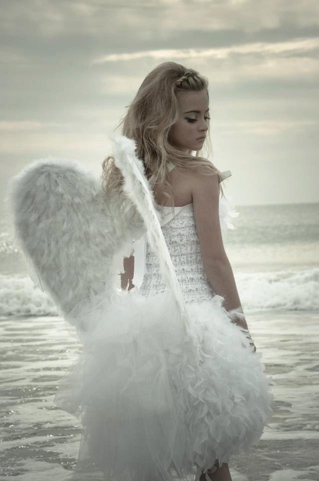 foto-angel-manakel-v-avto-seks-s-russkimi