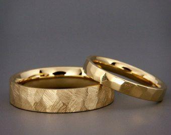 14 K Rose Gold keltische Eheringe Set von AverieJewelry auf Etsy