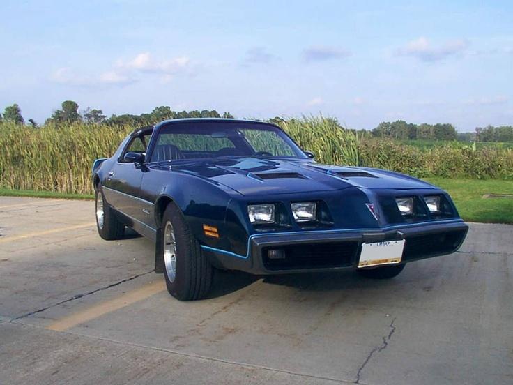 The Pontiac Firebird 400 was one hell of a car!