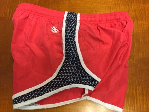 Now you can show off your Southern Preppy side even when you're running! These cute shorts are dark coral and are bedecked in anchors along the sides. These make great stocking stuffers!! #Run #running #runninggirl #simplysouthern