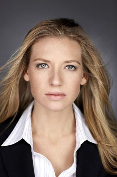 Anna Torv-my hubbys latest crush