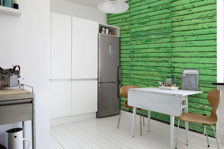 """Grønt er skjønt, på kjøkkenet. Tapet fra """"Captured Reality"""", Mr. Perswall."""