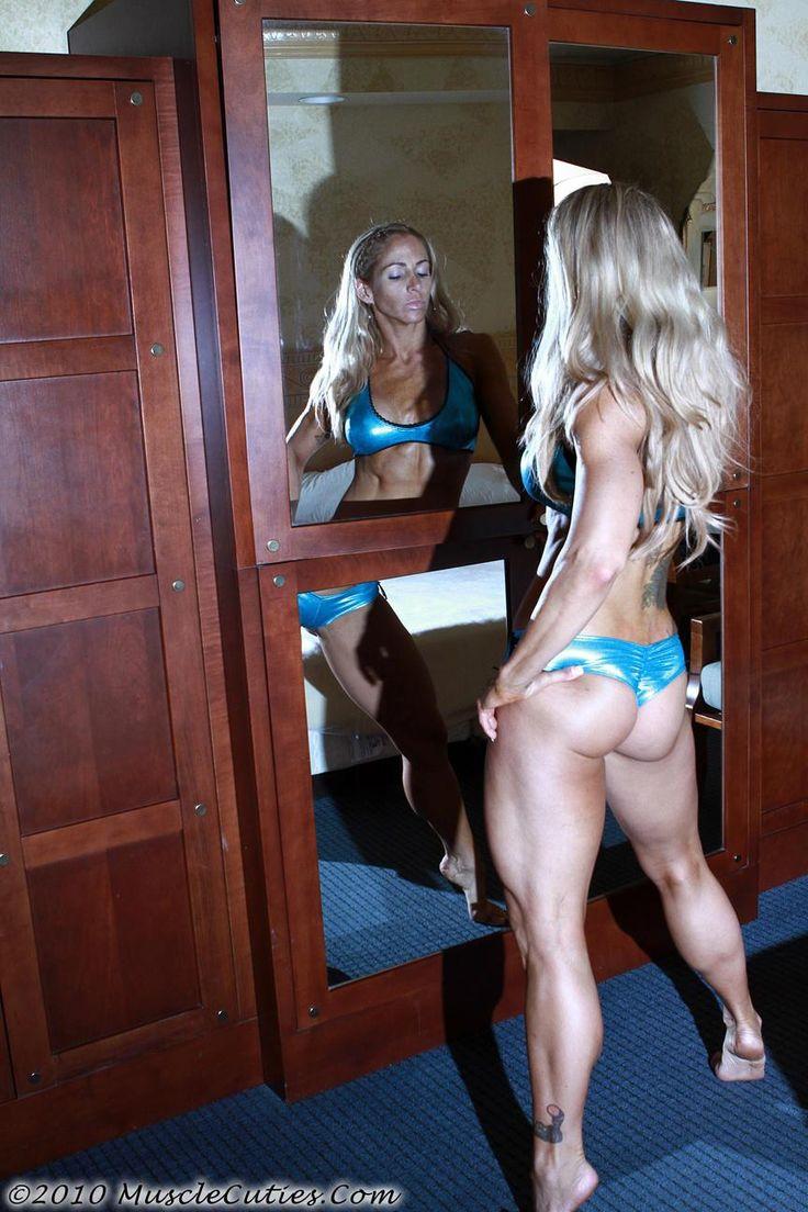 image Muscular female bodybuilder jill jaxen