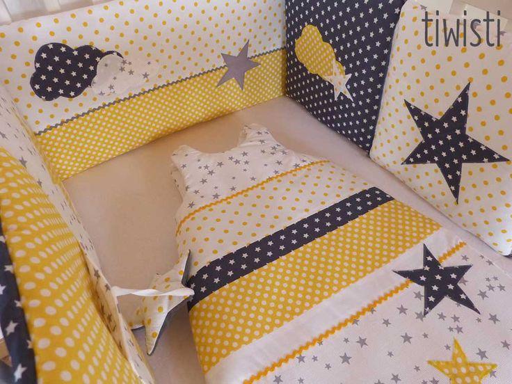 Ensemble mixte: tour de lit coussins modulable et gigoteuse 0-6 mois ,jaune, gris, blanc, étoile et nuage : Linge de lit enfants par tiwisti