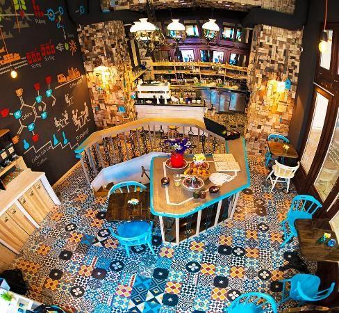 Bluebird café, Budapest.