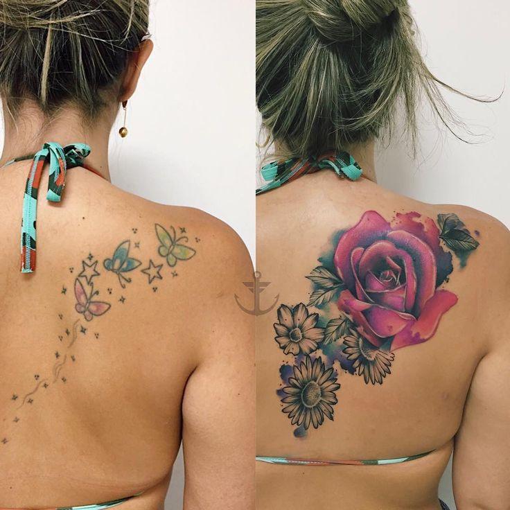 Cobertura realizada por Felipe Bernardes.  Cobertura de borboletas nas costas por rosas no estilo colorido.  #tattoo #tatuagem #art #arte #cobertura #flor #borboleta
