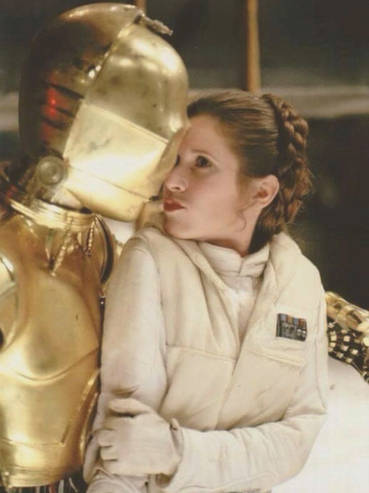 """Princess Leia """"Carrie Fisher"""",C3PO """"Anthony Daniels"""" Empire Strikes Back photoshoot"""