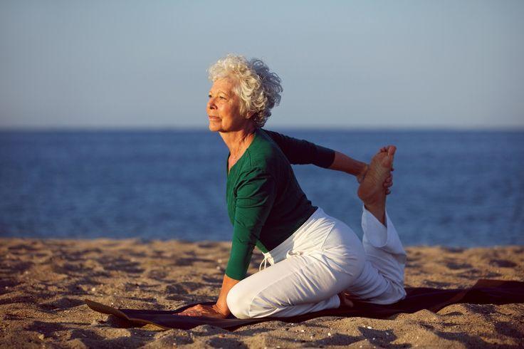 El Yoga no tiene edad, ni sexo, es de todos y para todos. Namaste.