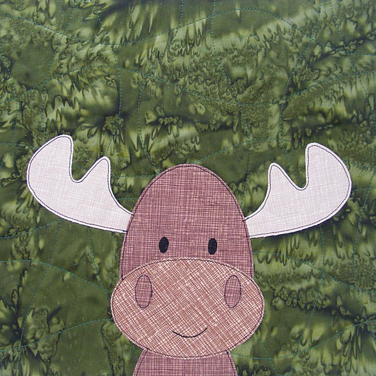 Free Moose Fusible Appliqué from the Woodland Critters Quilt | Sew Mama Sew | Outstanding sewing, quilting, and needlework tutorials since 2005.