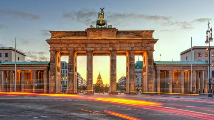 Berlin - Brandenburg Gate - Copyright Nico Trinkhauseuropean - European best destinations