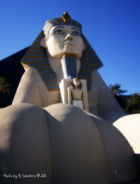 40 best las vegas images on pinterest luxor hotel las for Getaway deals near me