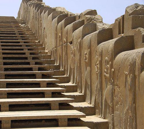 Les 120 meilleures images du tableau iran pers polis Architecture perse