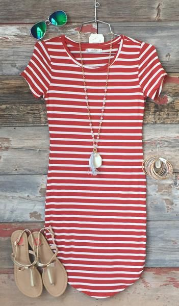 On the Horizon Tunic Dress: Cinnamon
