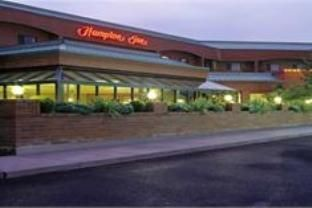 Kalispell (MT) Hampton Inn Kalispell United States, North America Ideally located in the prime touristic area of Natural Park Area, Hampton Inn Kalispell promises a relaxing and wonderful visit. The hotel offers a high standard of service and amenities to suit the individual needs of all travelers. Take advantage of the hotel's facilities for disabled guests, Wi-Fi in public areas, car park, meeting facilities, business center. Each guestroom is elegantly furnished and equippe...