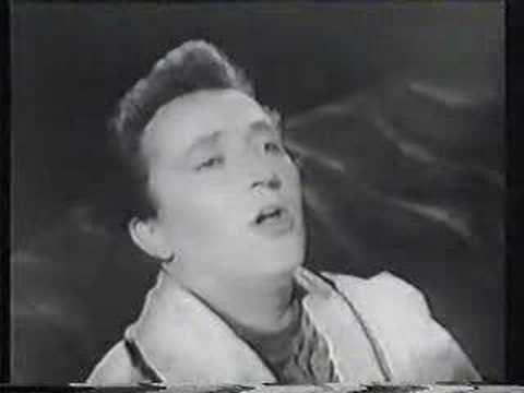Fritz Wunderlich - Magic Flute aria....just gorgeous!