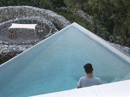 """Domu dal jméno starý kamenný mlat, který se v chorvatštině nazývá """"gumno"""". Místní lidé dům už jinak nenazvou."""