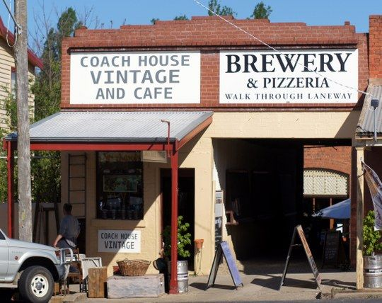 Bridge Road Brewers Old Coach House Brewers Lane 50 Ford St Beechworth http://www.melhotornot.com/hot-bridge-road-brewers-coach-house-brewers-lane-50-ford-st-beechworth/