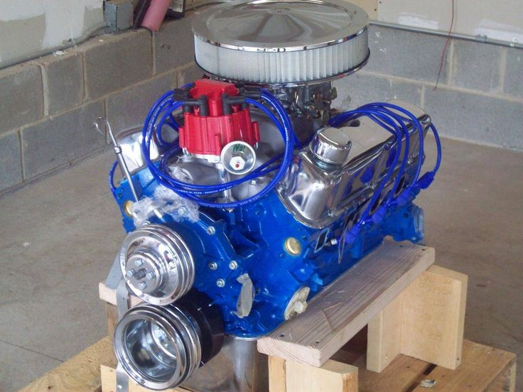 Image 7  of 9: Ford  302 crate motor