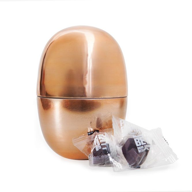 The Egg - limited edition for Easter by Simply Chocolate (16 pieces of chocolate in various flavours)