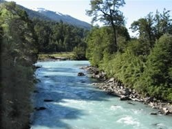 Google Image Result for http://www.allsouthernchile.com/images/stories/asc_images_carretera_austral/carretera_austral_frio_river2.jpg