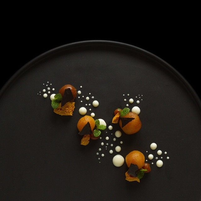Caramel poached apple, apple puree, honeycomb and dark chocolate #TheArtOfPlating