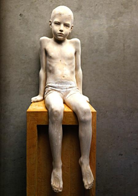 Bruno Walpoth carved out of wood. His amazing