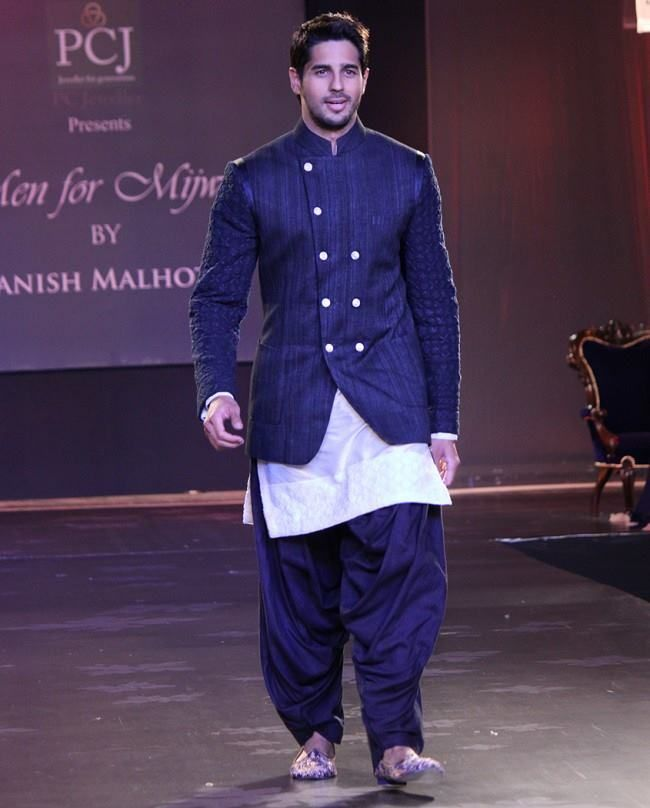 3 Best indian Wedding Dresses For Men (15)