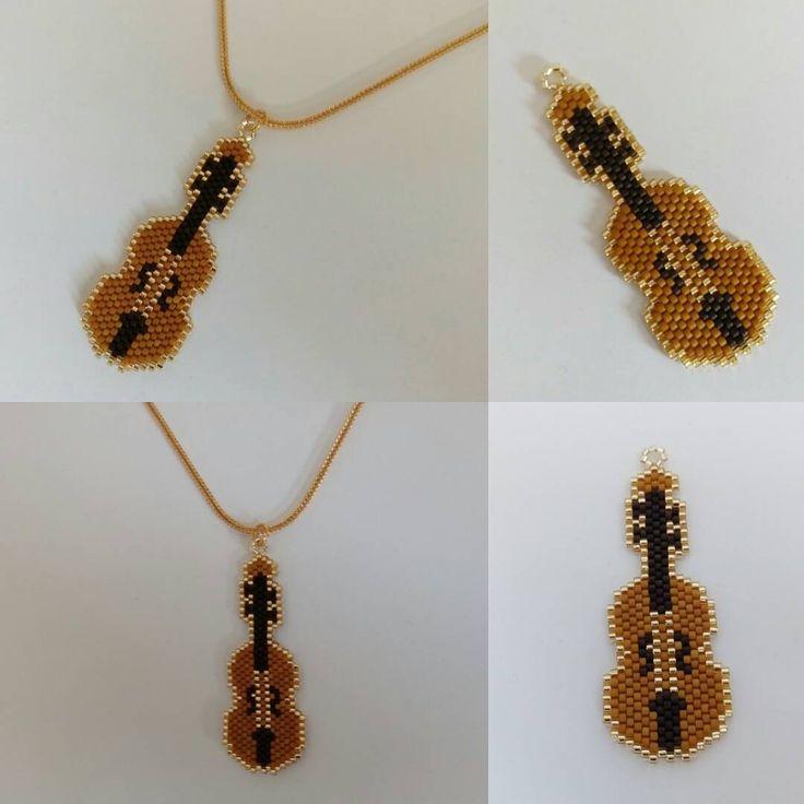 Miyuki keman kolye #miyuki #bead #miyukinecklace #necklace #miyukikolye #kolye #miyukitakitasarim #takitasarim #takıtasarım #jewelery #jewellery #jewelerydesign #jewellerydesign #super #süper #supertakilar #süpertakılar #harikatakılar #elyapimi #elyapımı #handmade #sleek #elegance #şık #keman #violin #great #music #müzik #nice