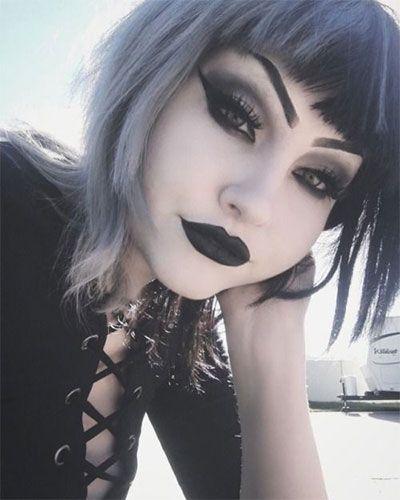#Make-up 2018 15 Hexe Halloween Schmink Looks für Mädchen und Frauen 2018 #sty…