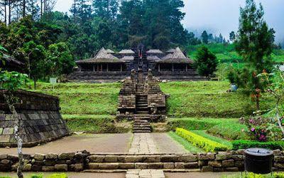 PERGIPEDIA  - Wisata Candi Cetho Karanganyar Dan Cerita Romantis . Indonesia atau pada zaman peme...