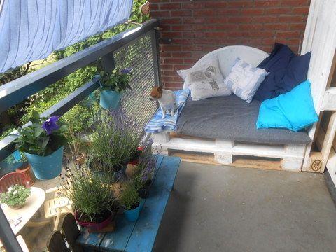 25 beste idee n over klein balkon op pinterest kleine. Black Bedroom Furniture Sets. Home Design Ideas