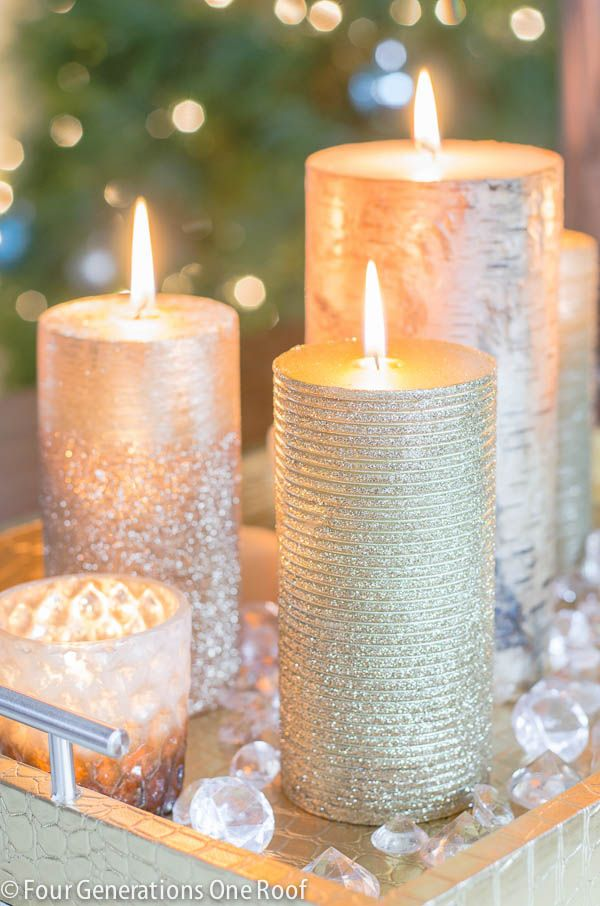 Sparkly candles oh my! Love this eclectic mixture of gold, silver and wood textured candles from @homegoods. Mix and match in your favorite holiday tray and you have instant Christmas decor. {sponsored}