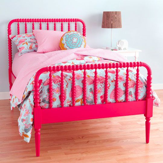 Raspberry and azure. Swoon. (This is so bright and cheerful! Great for a little girl's room! I also love the bed. Would be great painted in black or white)...love the color of the bed!!